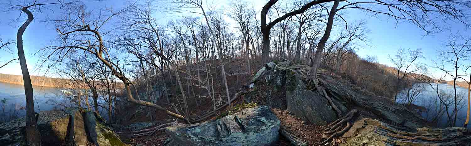 outcropping-above-river-pano-Jan2013